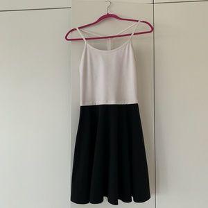 Lululemon tank sleeveless dress black/white size 8